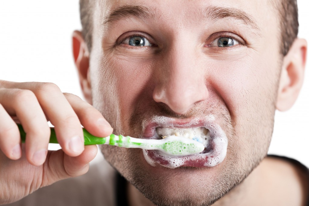 cepillado dental erroneo